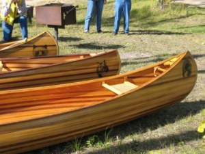 Builder canadian canoe cedar strip